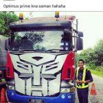 Optimus prime kena saman dengan jpj