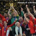 Spain Menjulang piala Dunia 2010